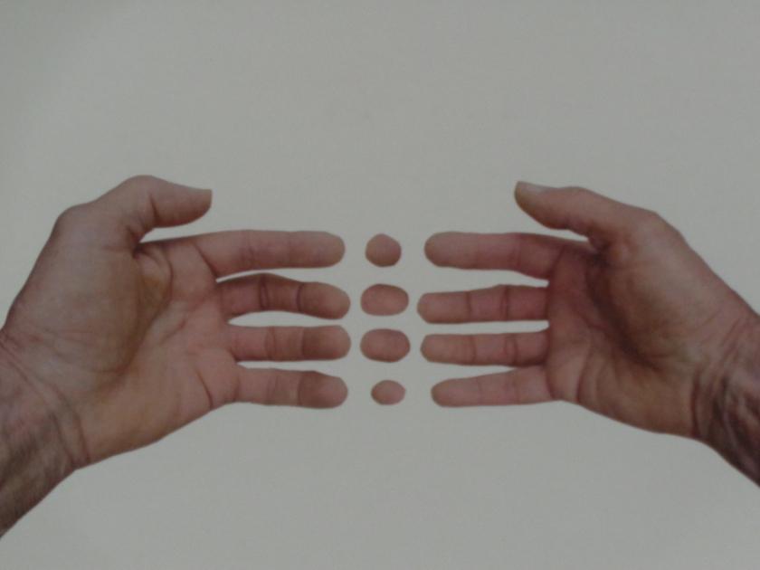 Hands@003