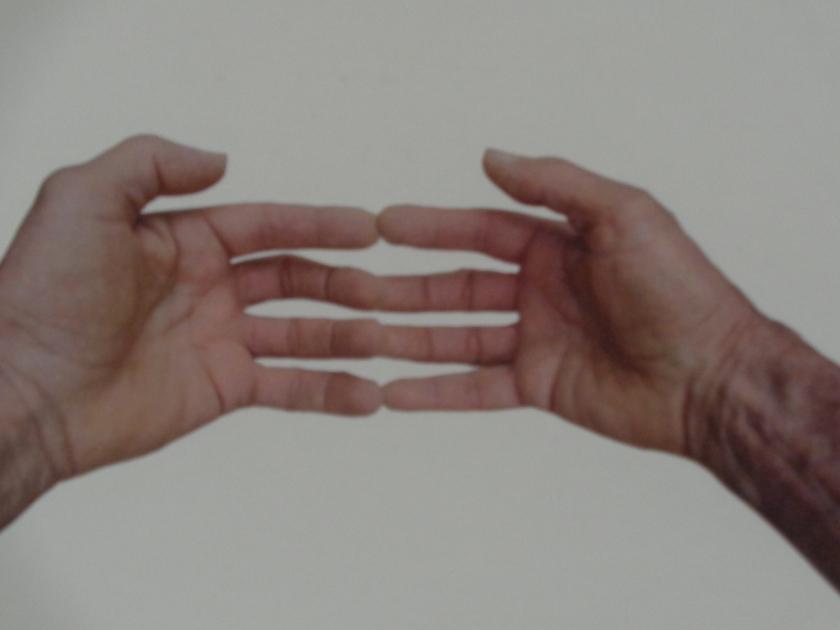 Hands004