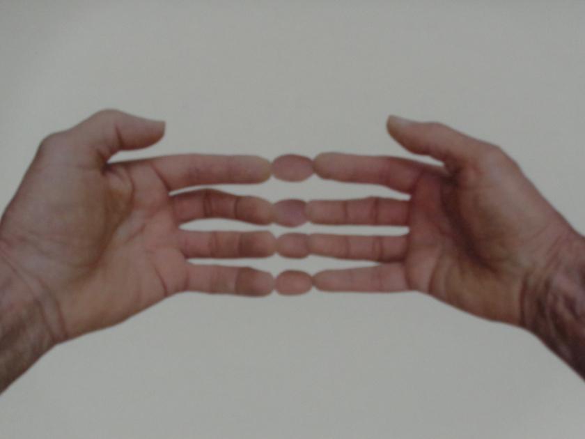 Hands@004